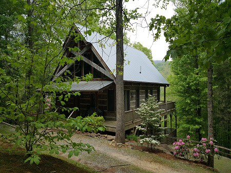 Maggie Valley Vacation Rentals, WNC Smoky Mountains, Waynesville Rentals, Cabin in the Woods