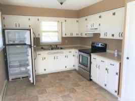 185 Trantham Rd - Kitchen with Pantry
