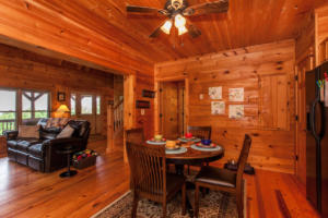 50 Eindon Cir Waynesville NC-large-019-030-Breakfast Area-1500x1000-72dpi