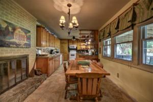 246 Campbell Creek Rd Maggie-large-017-020-EatIn Kitchen-1500x999-72dpi