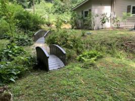 Creek Crossing Retreat-groundsandcreek (5)
