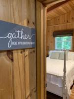 Creek Crossing Retreat-guestbedroom (1)
