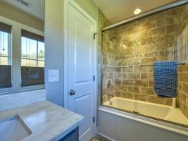 Second Bedroom Bathroom Jetted Tub