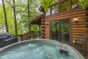 Laurel View Lodge  Hot Tub