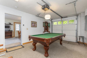 Laurel View Lodge  Pool Table