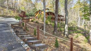 Steps and Driveway to Linda's Haven