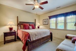 Luxury Cabin Condo, Master Bed Room