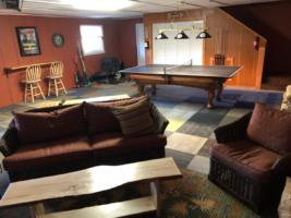 Owl's Perch, Game Room - Sitting Area (3)