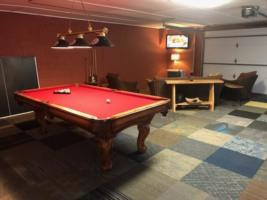 Owl's Perch, Game Room Pool Table