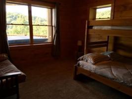 Serenity Mountain Reteat Bunk Rooms (1)