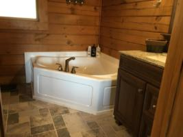 Serenity Mountain Retreat Master Bathroom (1)