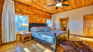 Master Suite King Bed