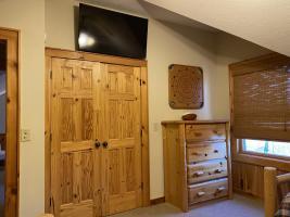 Twin Room TV