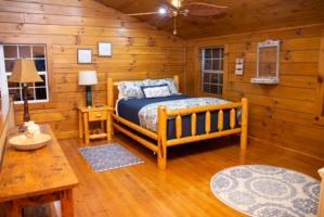2nd View Queen Loft Bedroom