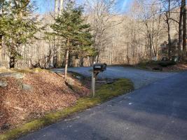 Turn Off for Wakulla Woods Retreat