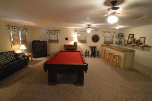 NEW Gameroom